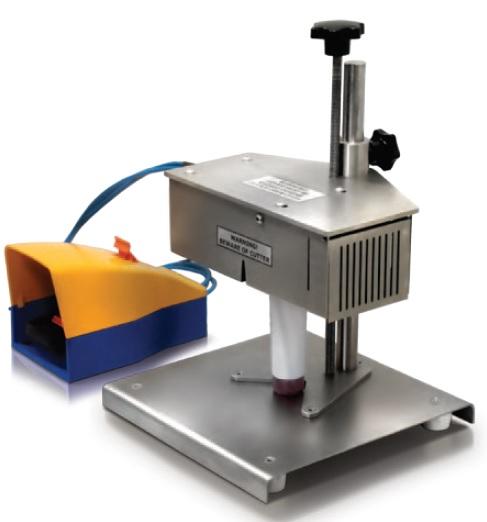 Obrezivanje plastičnih tuba POD-400